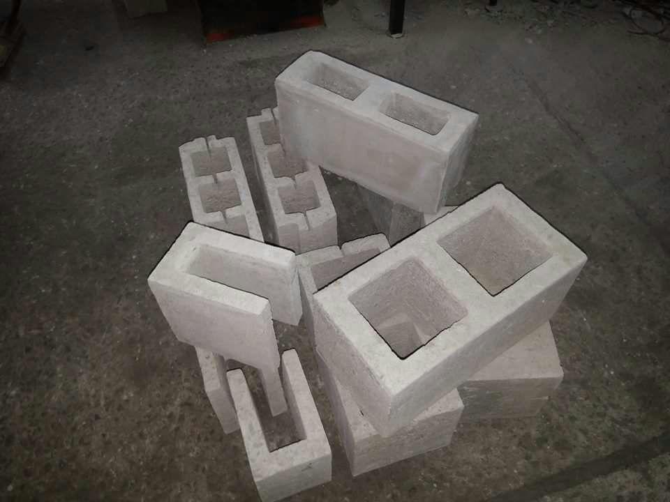 Maquinas Bloqueras para fabricar bloques de arena y cemento