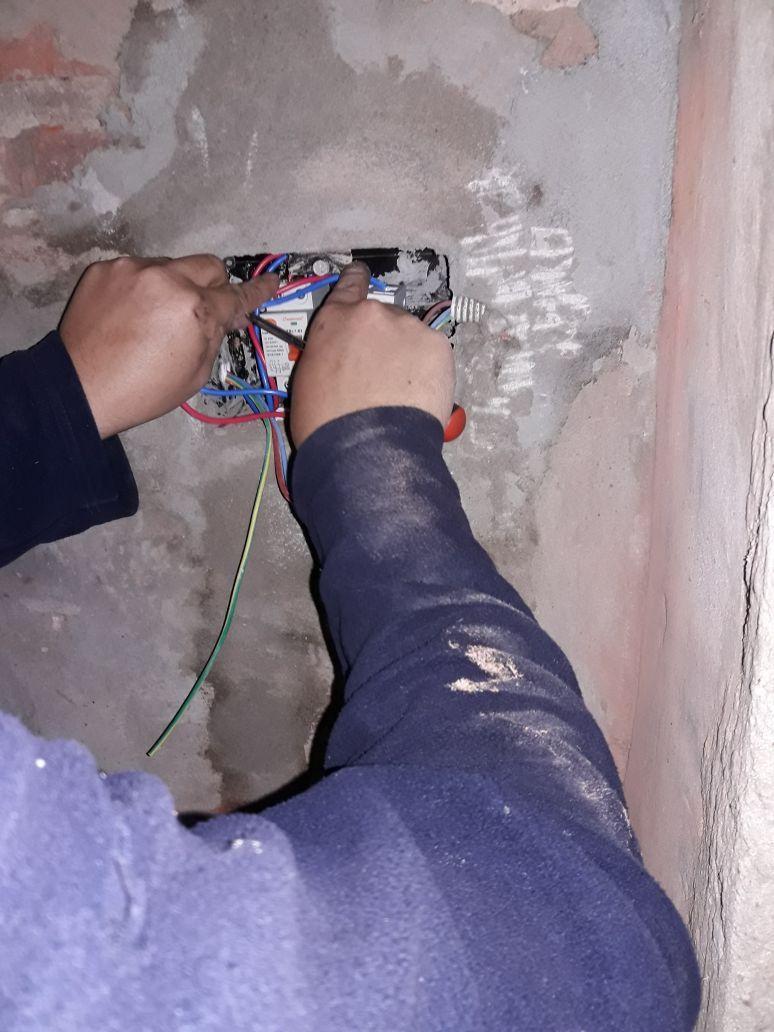 Técnico instalador electricista matriculado