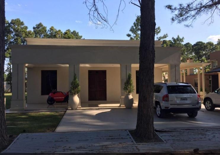 ¿Busca una Casa en la zona de Countries a 5 minutos de Santa Fe?